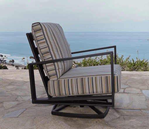 Gios Short Cushion Lounge Chair - Striped