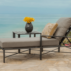 Gios Lounge Chair and Table, Waterside