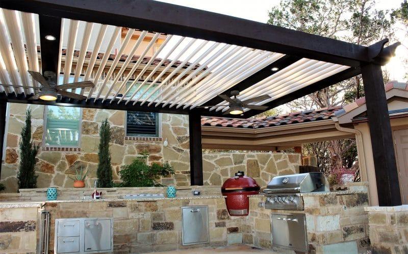 Struxure Pergola, Residential Grade - Kitchen