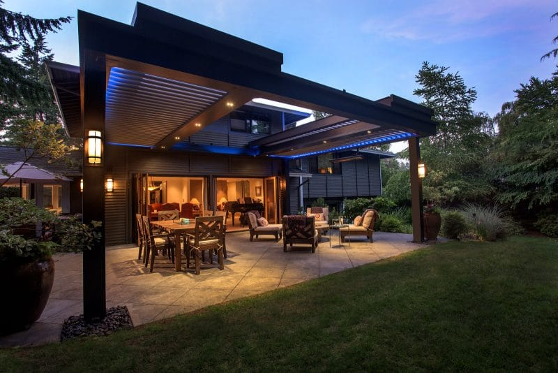 Struxure Pergola, Residential Grade - Wide Night View