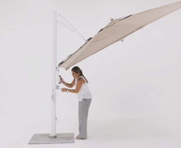 Tuuci Cantilever Umbrella, Commercial - Tilted Feature
