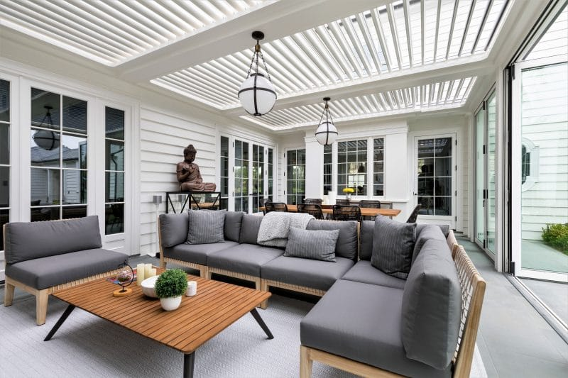Struxure Aluminum Louvered Pergola, Residential - Living Space