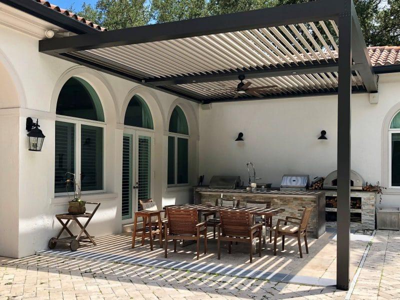Struxure Aluminum Louvered Pergola, Residential - Dining